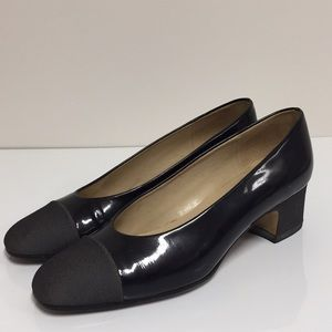 Etienne Aigner black pumps size 6
